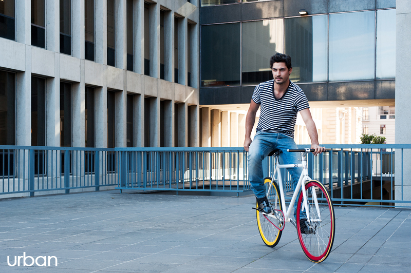 Mojo Bike: Using bicycle lanes can be stylish