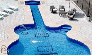 Les Paul inspired pool makes swimming rock