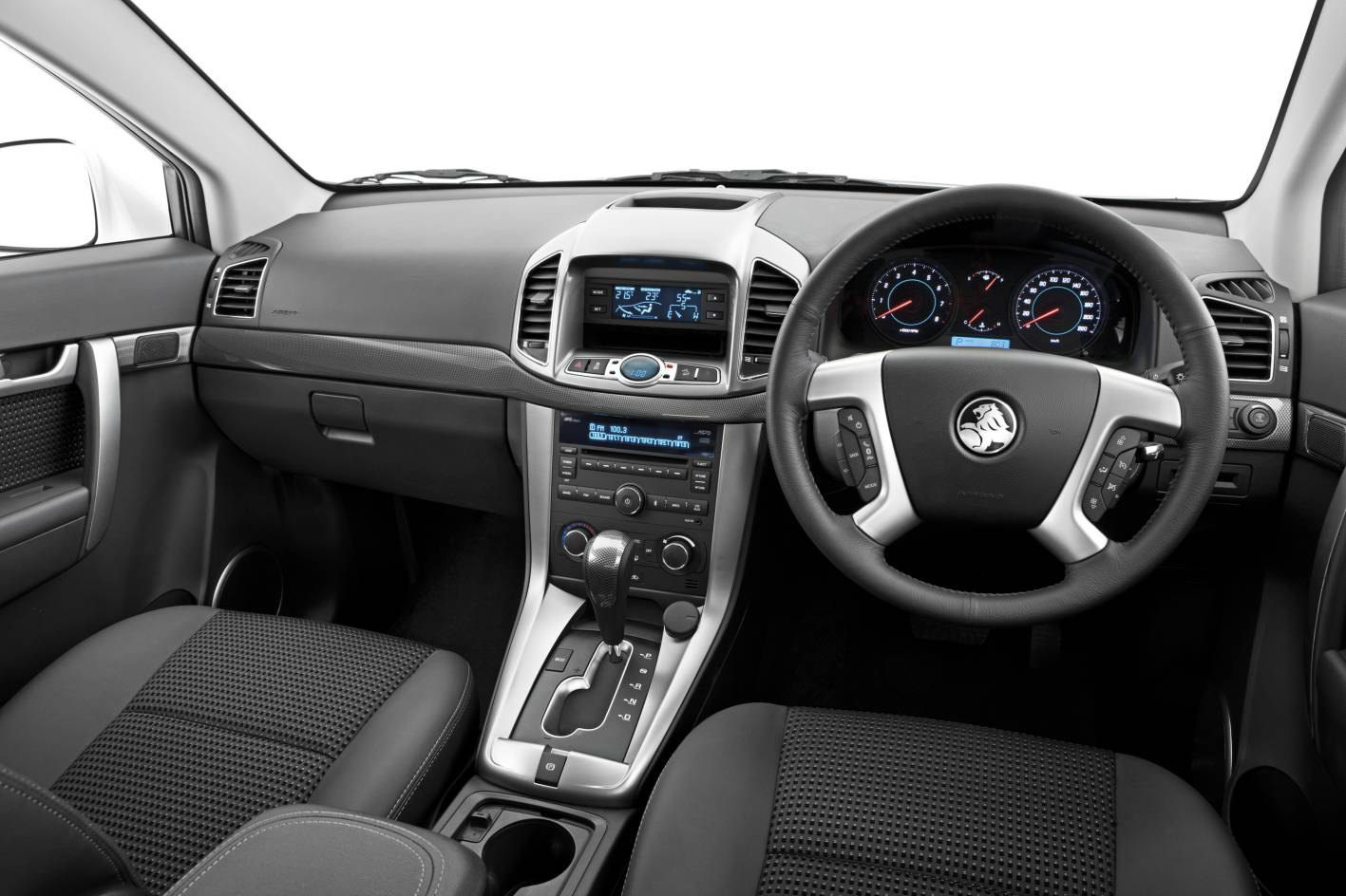 Car Picker - holden Captiva interior images