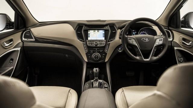 Interior in the Hyundai Santa Fe Highlander