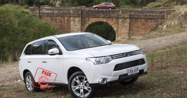 Mitsubishi Outlander - earns a PASS from EFTM