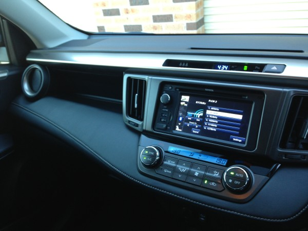 Toyota Rav 4 - Dash