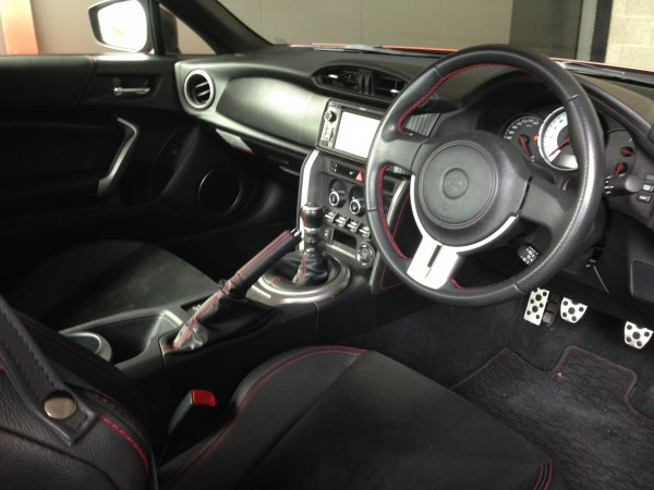Inside the Toyota 86