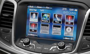 BEST In-Car Entertainment System 2014 – Holden MyLink