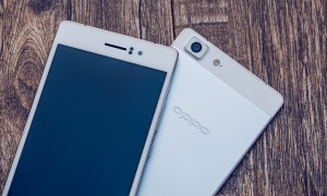 Oppo R5: The mobile phone so thin there is no headphone jack.
