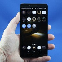 The fingerprint is king, and the Huawei Mate7 just nailed it
