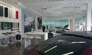 Tesla is GO in Australia, Showroom Open, Cars delivered and Supercharger Network announced