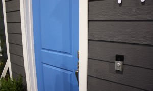 Your new doorbell rings on your smartphone and you can see who's there!