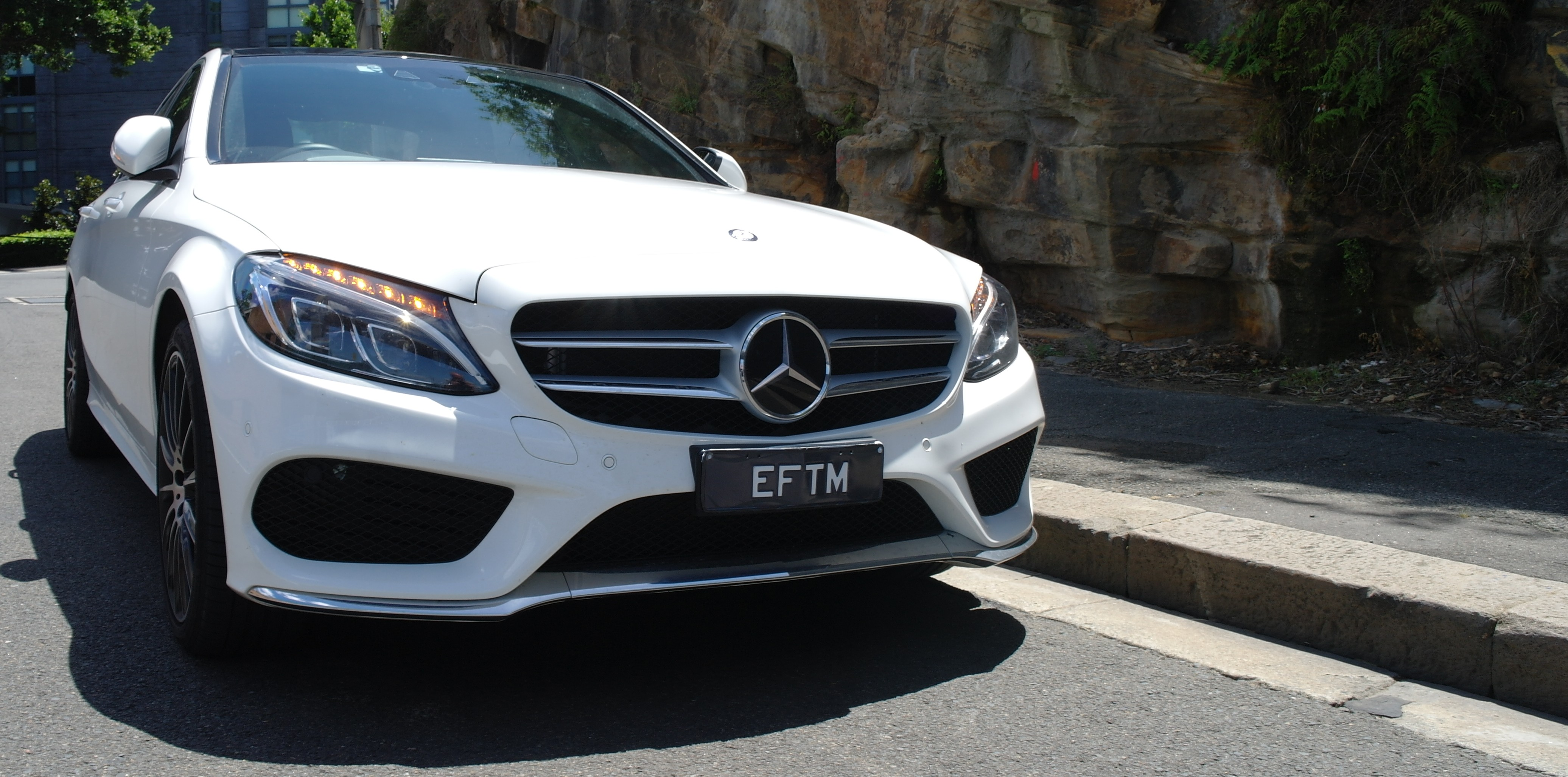 MERCEDES-BENZ C 250 - A real luxury car without spending through the stratosphere