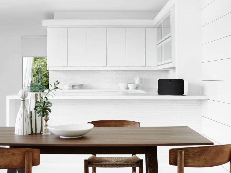 PLAY5_White_Kitchen