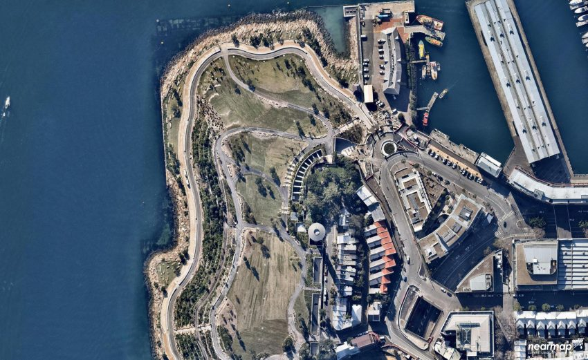 8. Barangaroo July 2015 - nearmap.com