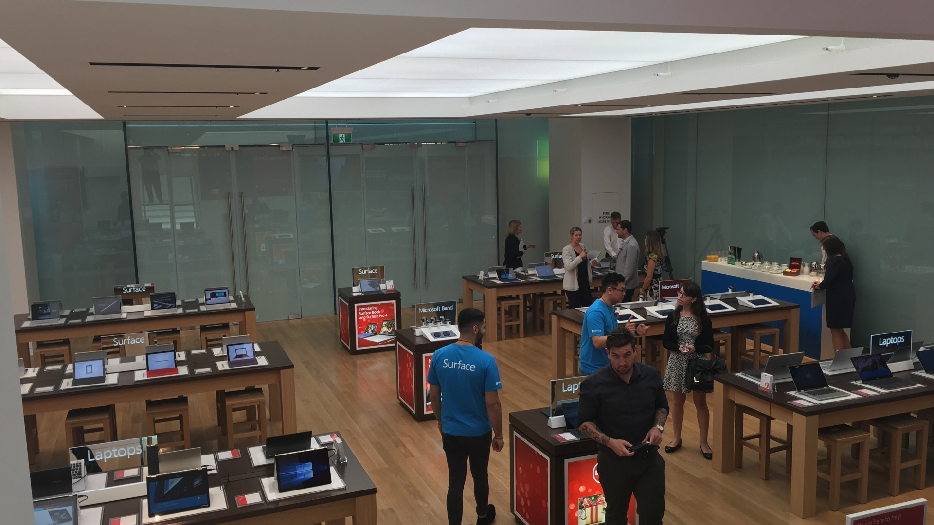 Microsoft Sydney Store, their first outside the USA » EFTM