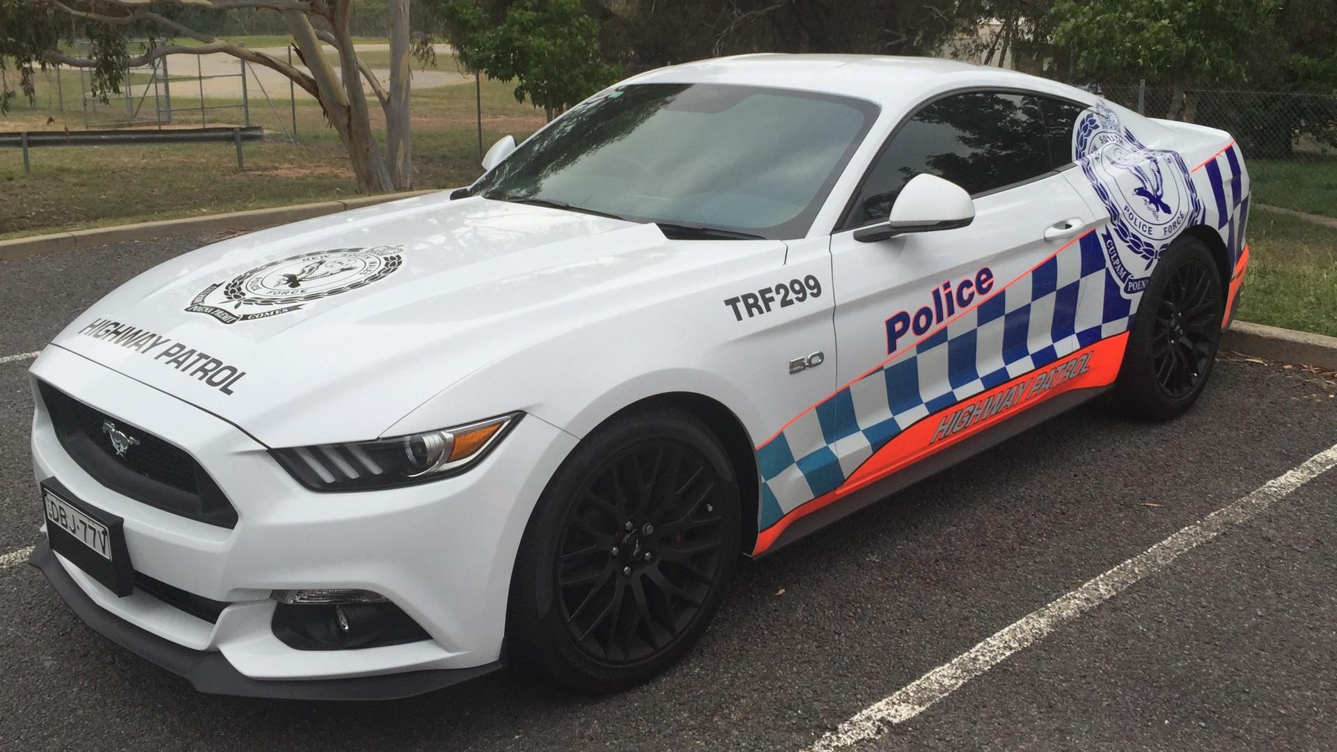 photos nsw police mustang highway patrol car eftm. Black Bedroom Furniture Sets. Home Design Ideas