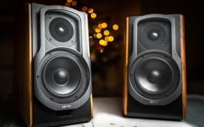 Edifier S1000DB speakers – Stunning design, classic look, with Bluetooth…