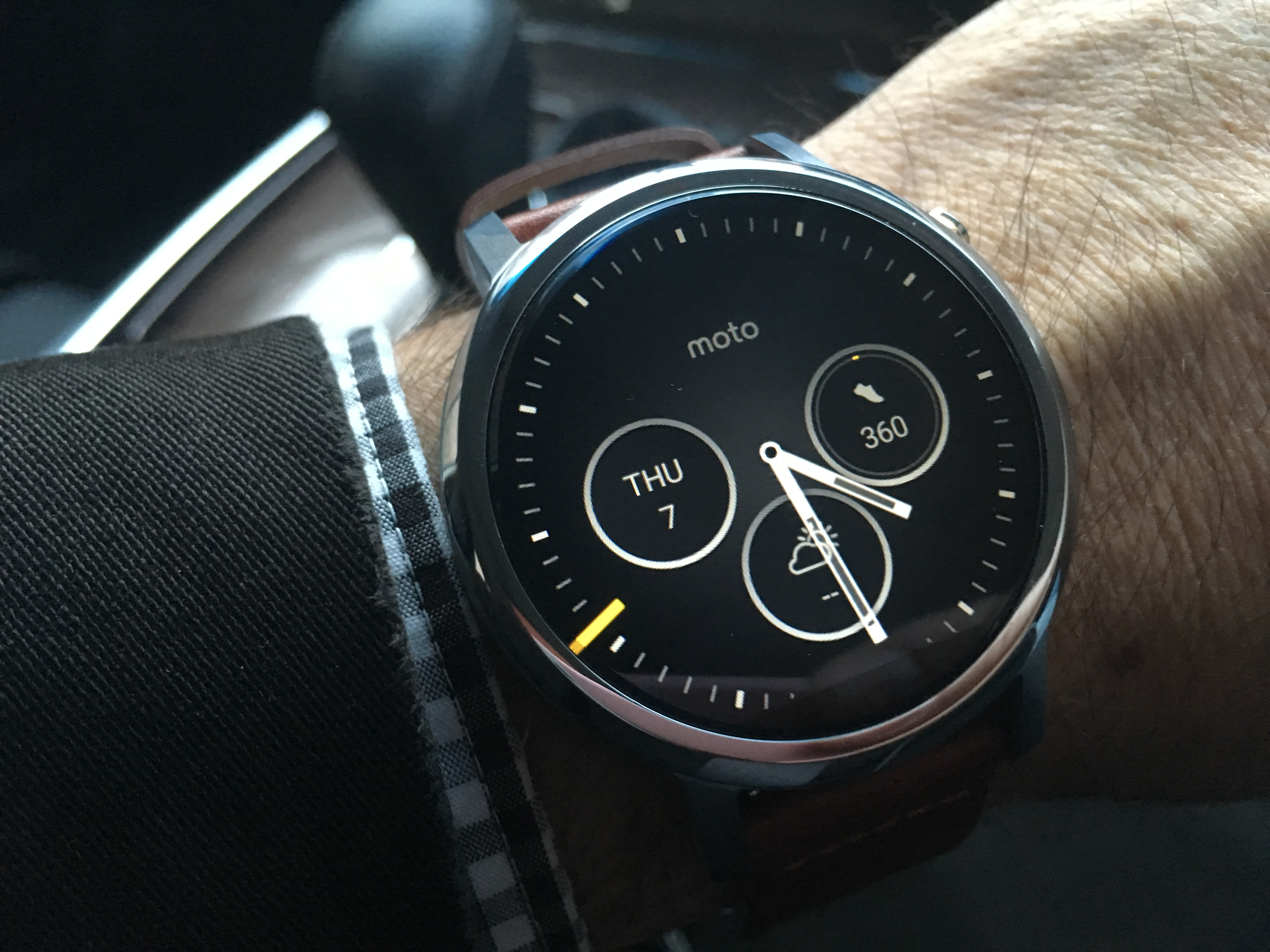 Moto 360 2nd Generation Smartwatch Lands In Australia Finally Eftm Motorola Smart Watch Black Leather