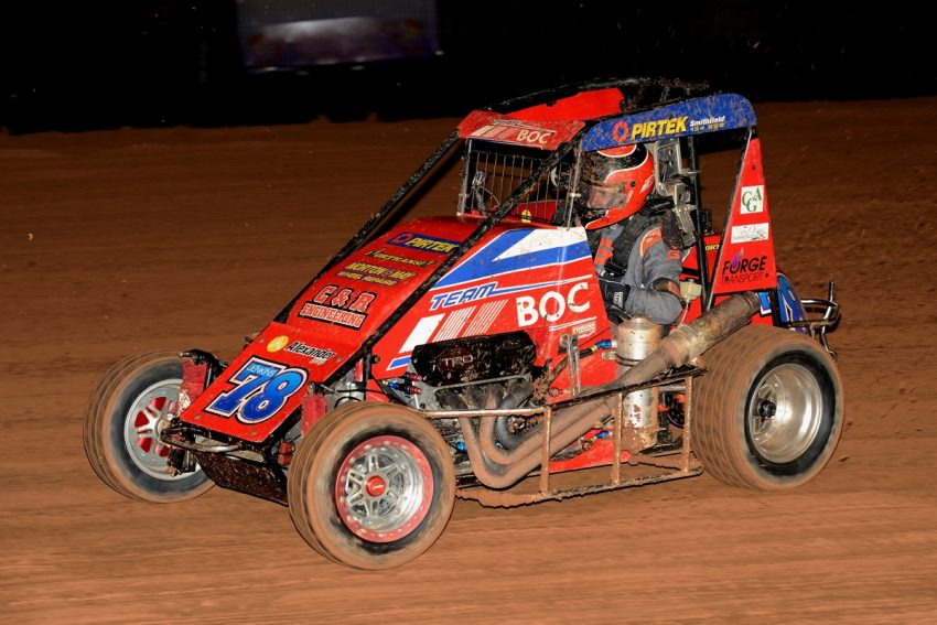 Rusty pushes it round in a Speedcar @ Sydney Speedway: Photo: Gary Reid
