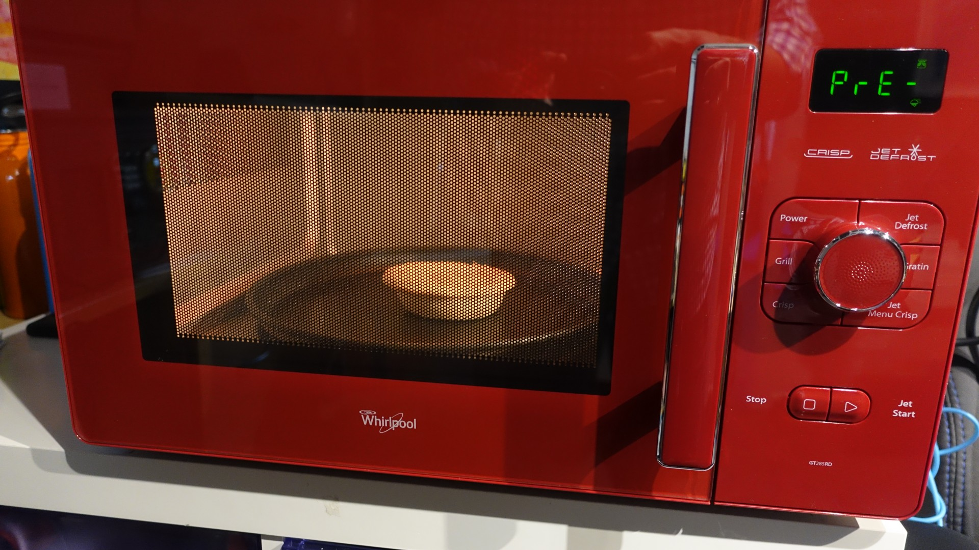 how to cook meat pies in the microwave