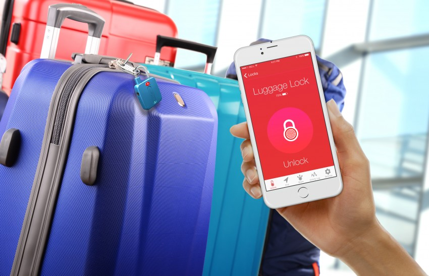 locksmart-travel-blue-at-airport-opening-with-app