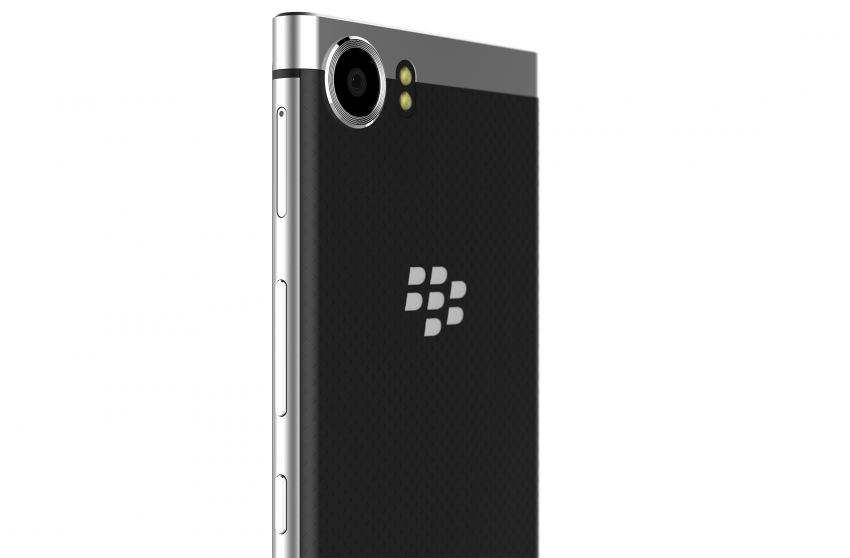 new-blackberry-smartphone_back-view