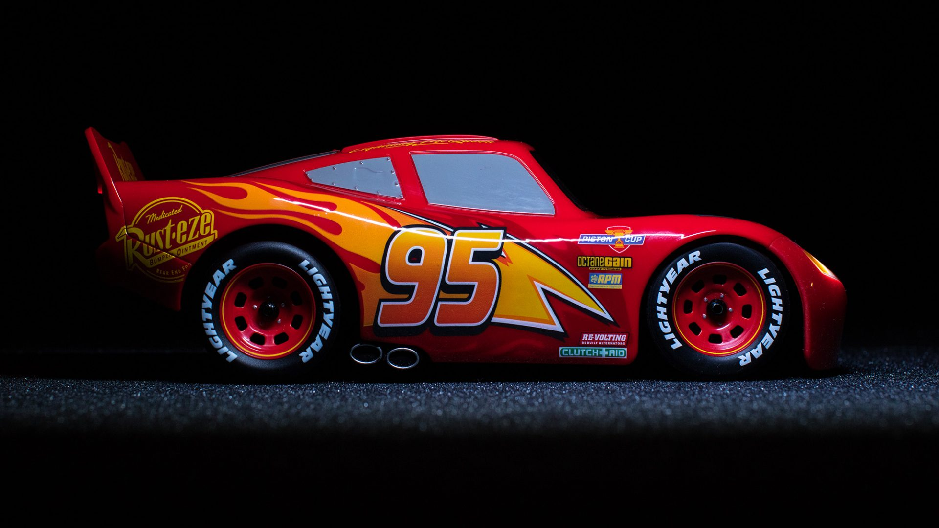 Sphero Ultimate Lightning McQueen Review: What a toy, seriously ...
