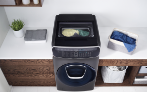 Samsung's latest FlexWash Washing Machine is super smart and enormous!