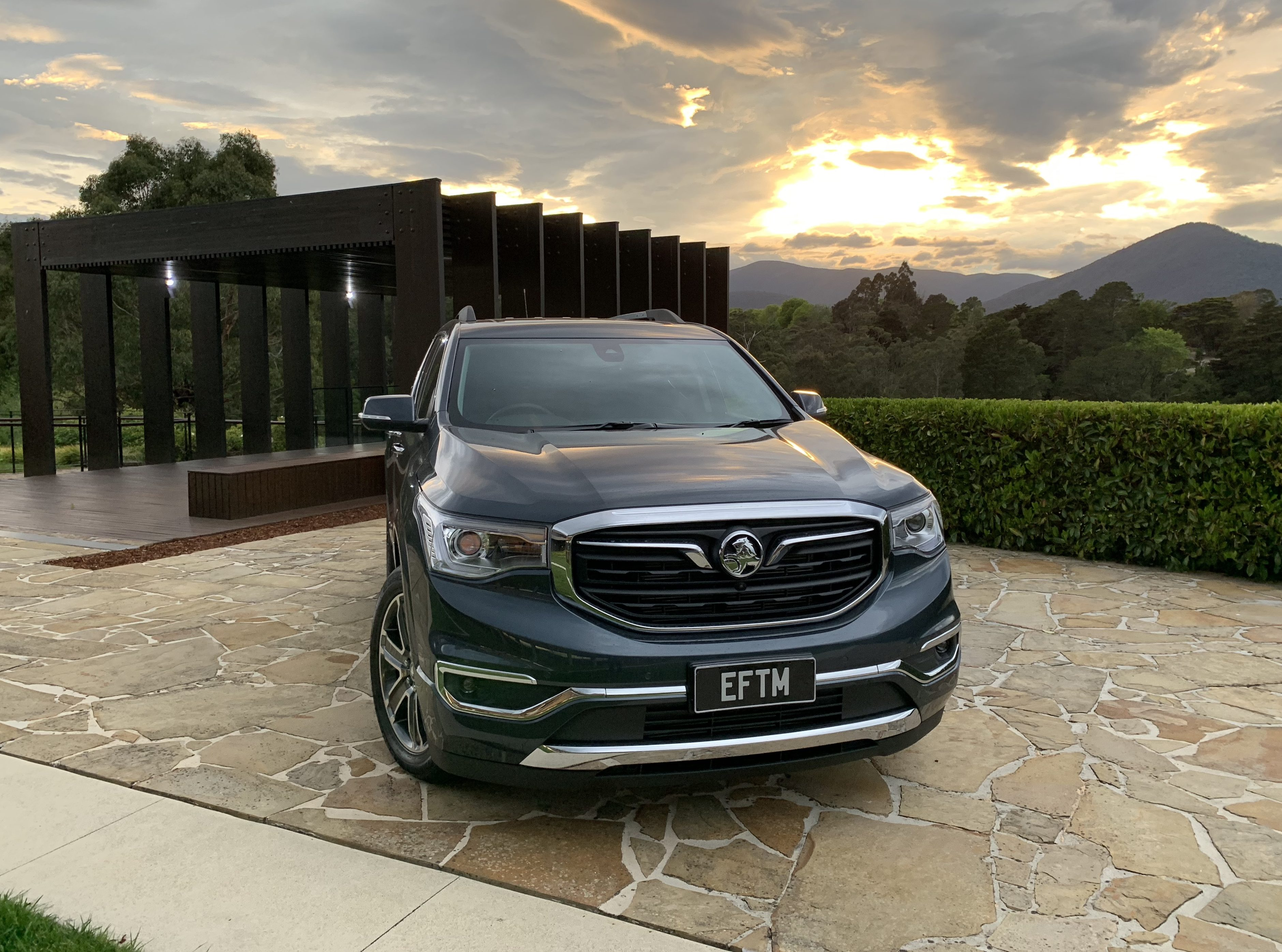 Holden Acadia Review Us Sourced Flagship Suv Hits Australia Eftm