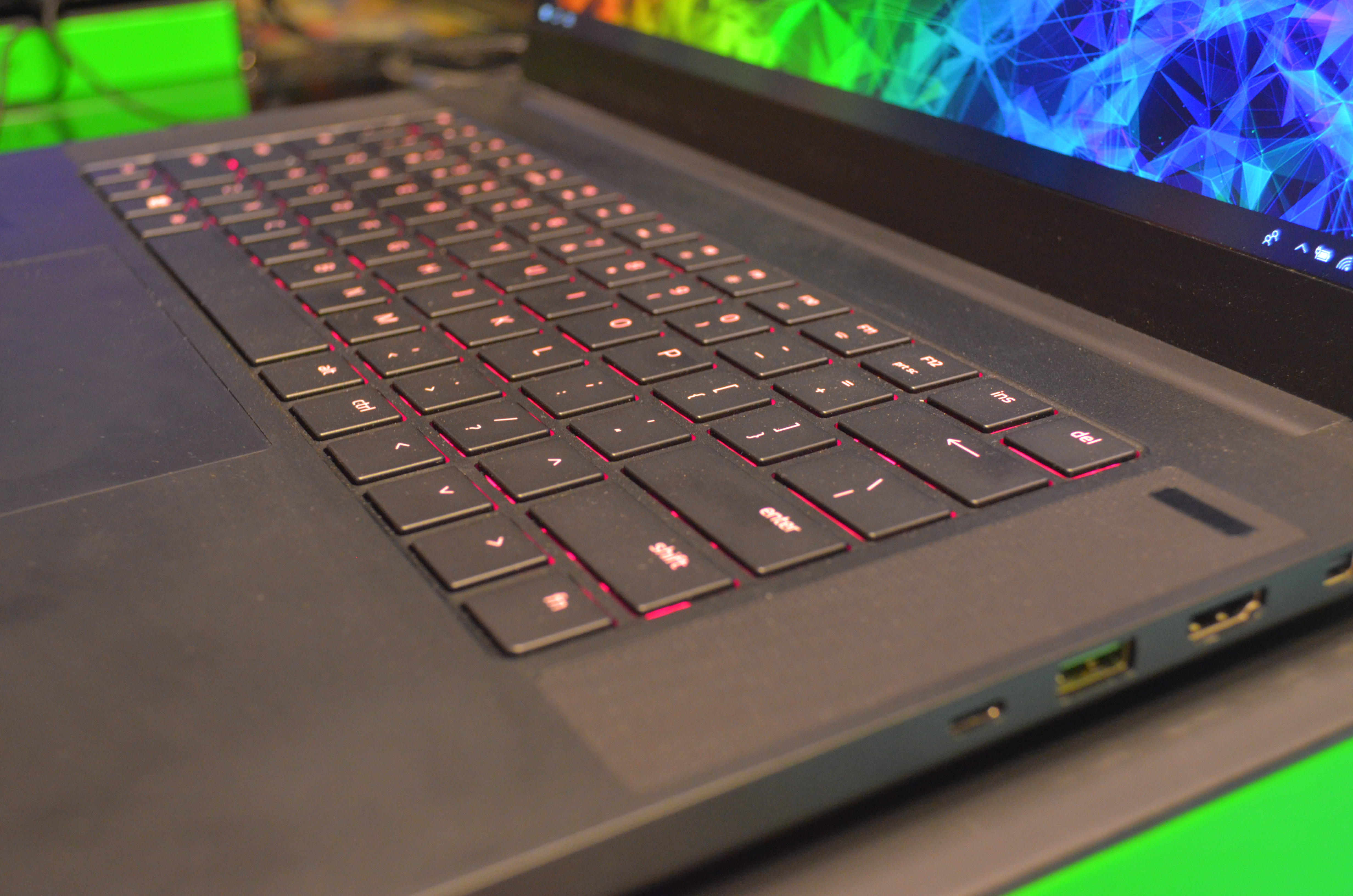 Hands-On: The all new Razer Blade RTX - Can Raytracing