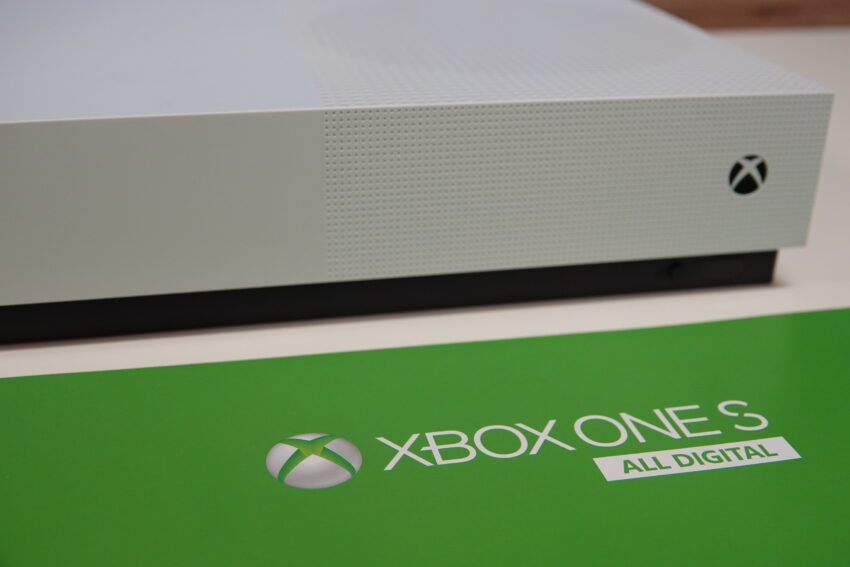 Xbox One S All Digital review - I get it - but why? » EFTM