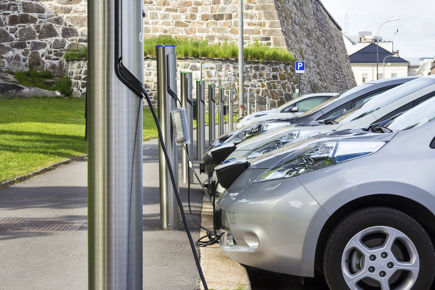 Want An Electric Car Here S A Quick Comparison Guide Eftm