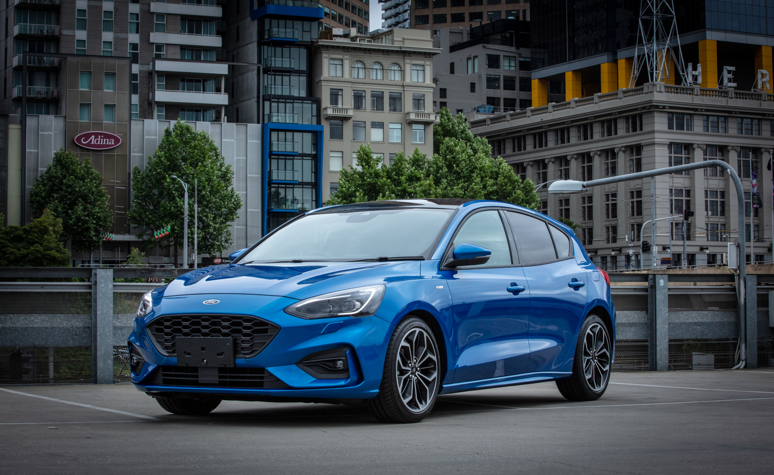 classic blue is the 2020 colour of the year - ford reckons