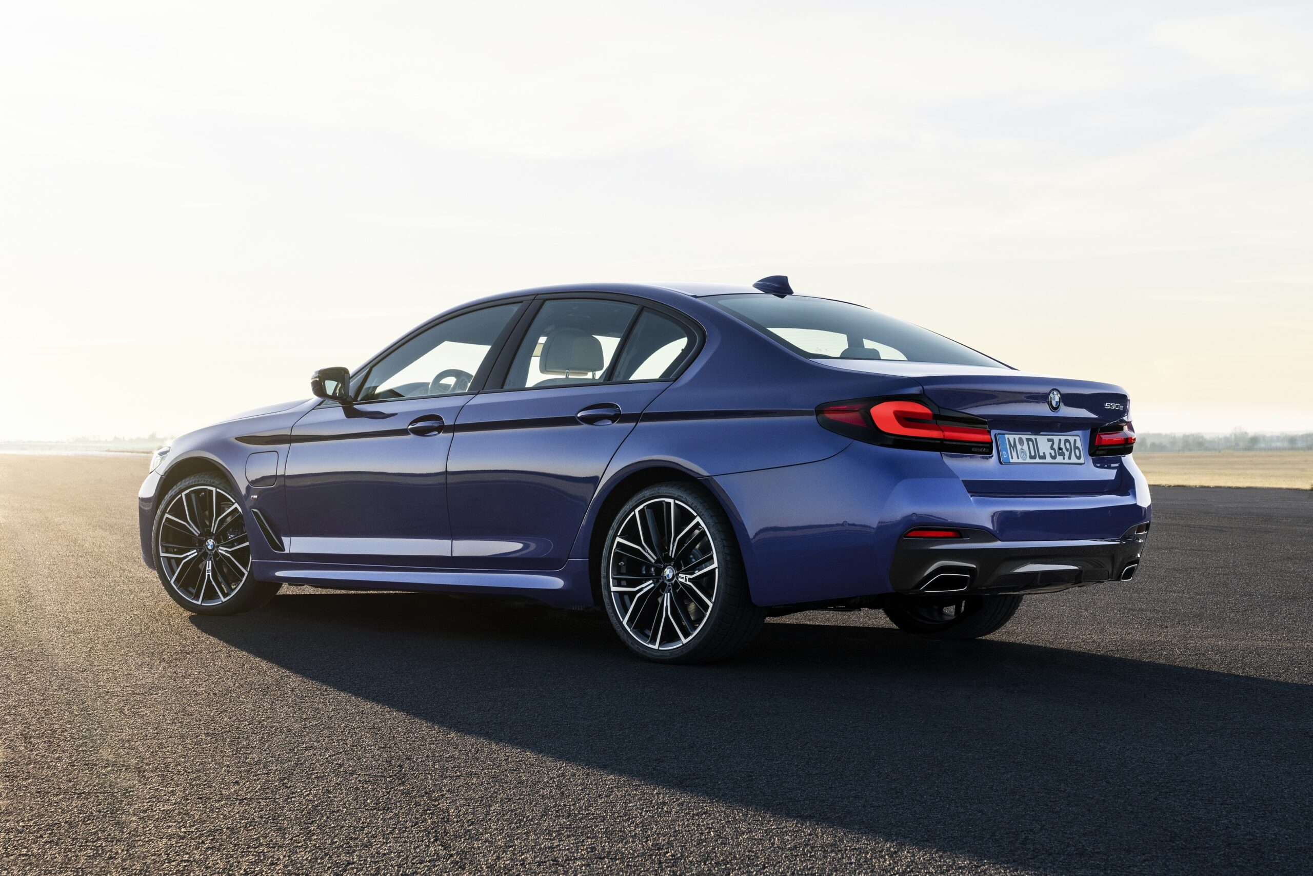 bmw packs the new 2021 5 series with all its best tech » eftm