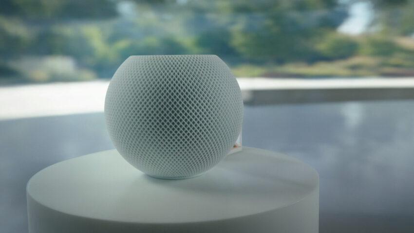 Apple HomePod Mini in white