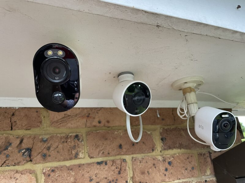 Uniden App Cam Solo Pro, Nest and Aro cameras pointing at the same area